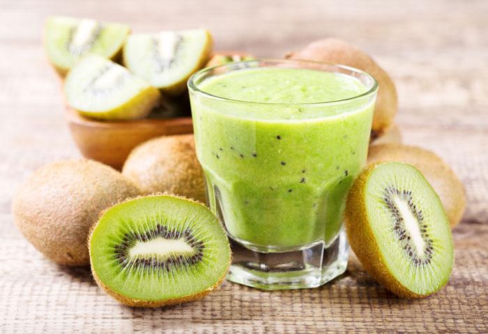 groene smoothie met kiwi