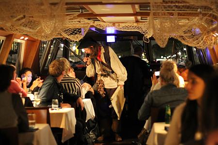 The amsterdam dungeon en een halloween dinner cruise als toetje - Ongewoon behang ...