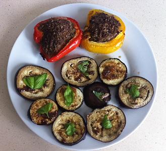aubergines en gevulde paprika