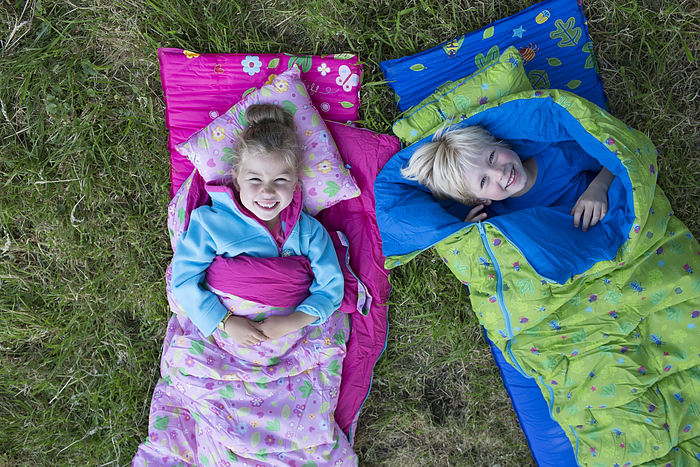 Lief! foto van kids in slaapzak 2015