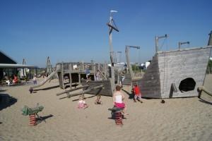 de zeeuwse kust, speeltuin outdoor