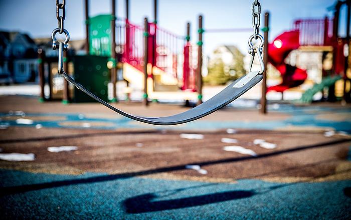 spelen op het schoolplein