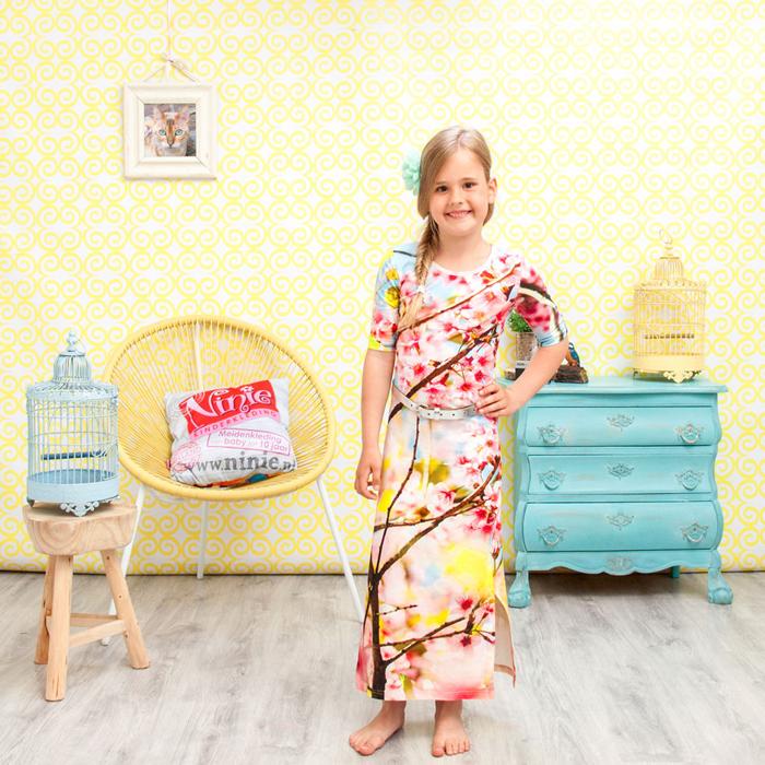 Verrassend De Maxi Dress voor meisjes: de mini-me look van deze zomer XN-71