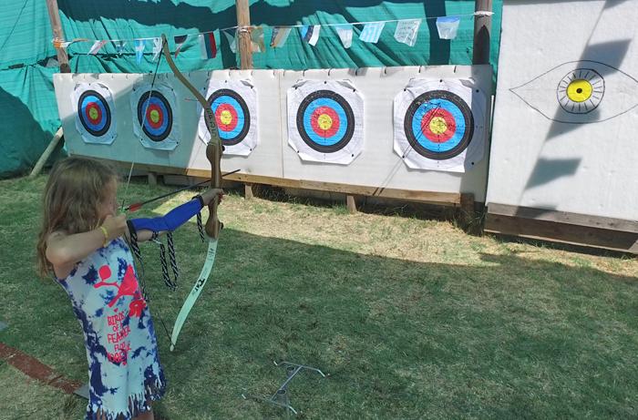 activiteit boogschieten met kinderen