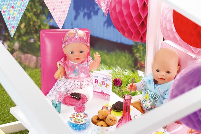 4860ce8d753ffc Baby Born birthday doll  er is er een jarig hoera hoera!