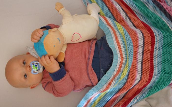 doorslapen baby lulla doll