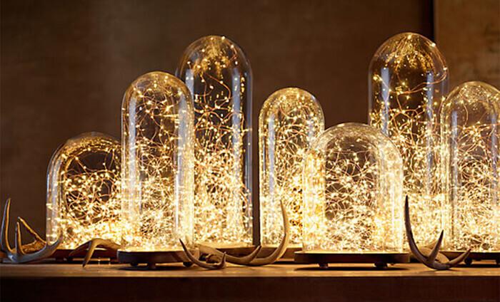 kersttafel dekken met lichtjesketting
