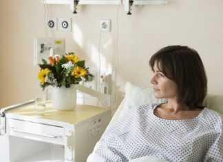 dochters klagen terwijl moeder in ziekenhuis ligt