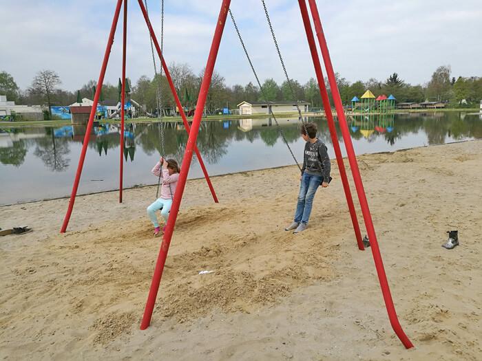 vakantiepark dierenbos vinkel speeltuinen