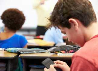 smartphone op school en de hold app