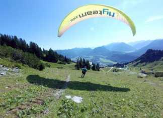 sprong wagen paragliden
