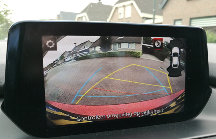 park assist met camera