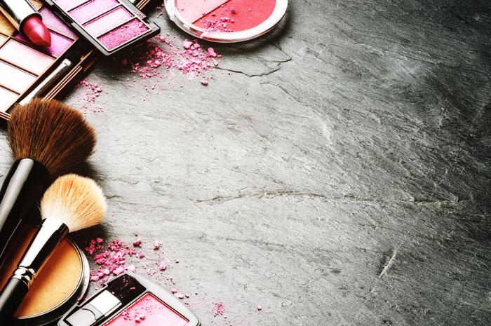 lenteschoonmaak, make up la uitmesten