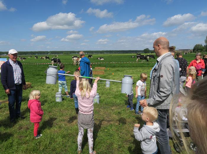 boerderijdagen melkbussen heffen