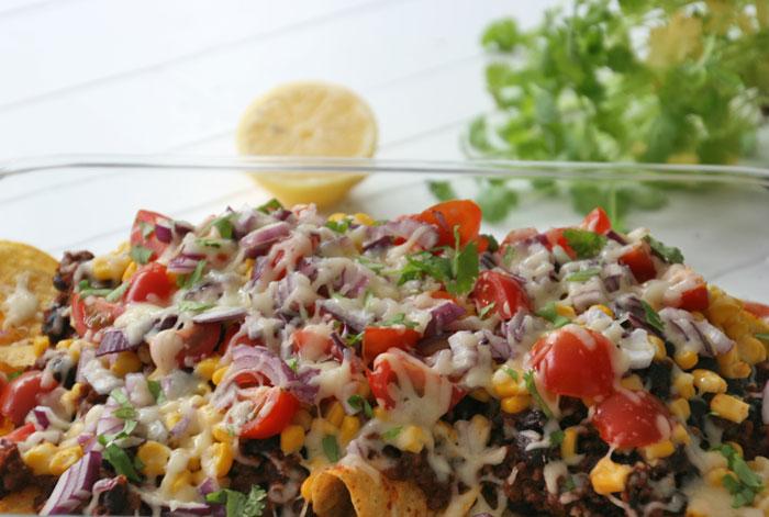 Uitzonderlijk Nachos maken met kaas en groenten uit de oven, klaar in 15 minuten #VE71