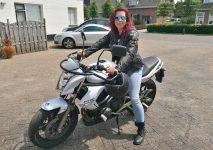 motorrijbewijs halen vrouw
