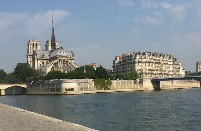 notre dame parijs bezoeken