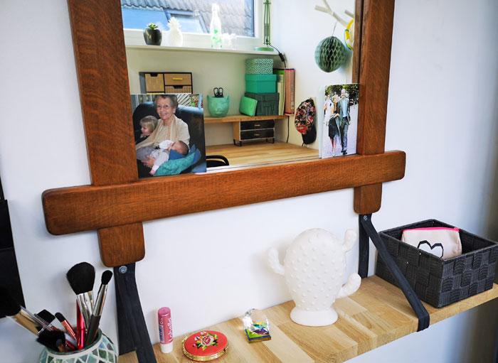 tienerkamer meisje, spiegel