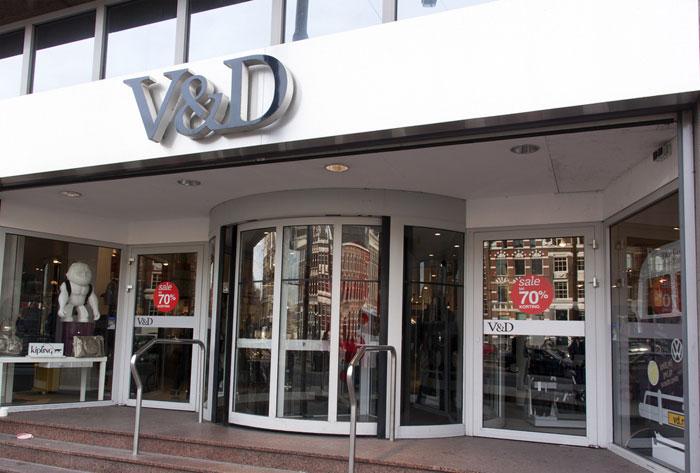 Vd Kersttrui.V D Online Shoppen In Het Ouderwetse Warenhuis In Een Nieuw Jasje