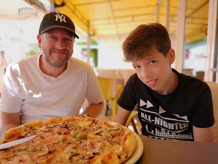 bijela uvala camping, pizza eten