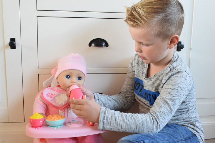 Baby Anabell lunchtafel
