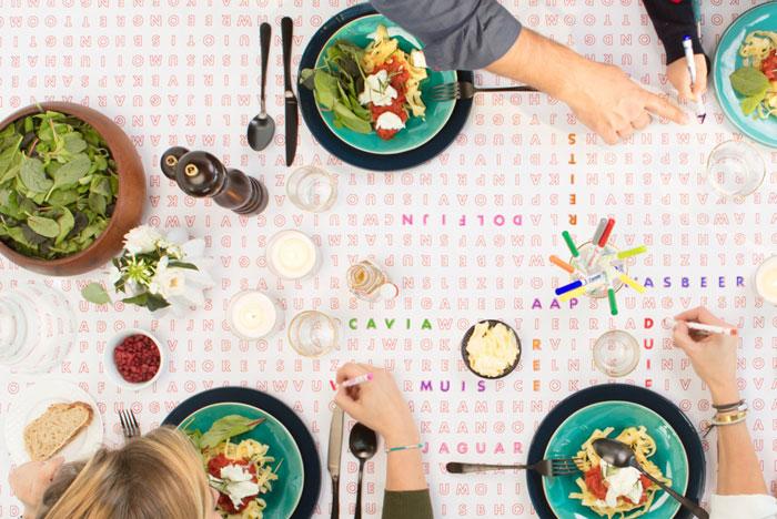 gezellig aan tafel met Balaboosta