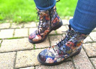 mode trend boots bloemmotief