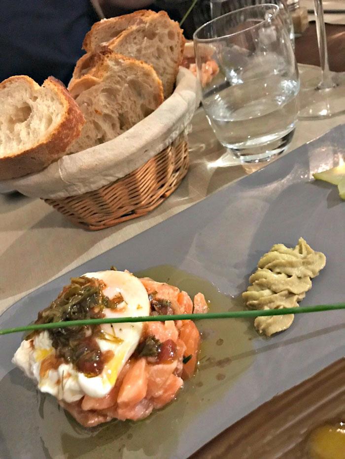 restaurant O Deux Bouchons tartaar van zalm