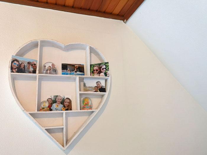 foto's in slaapkamer meiden