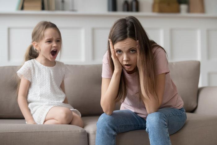 boos kind blijft drammen en zeuren