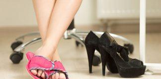 slippers op kantoor