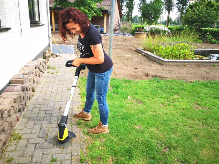 Review Kärcher weed remover RE 18-55