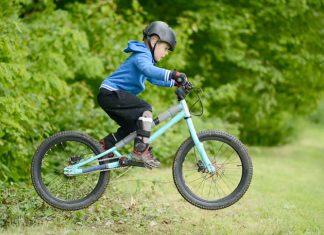 bmx kind sport fiets cross