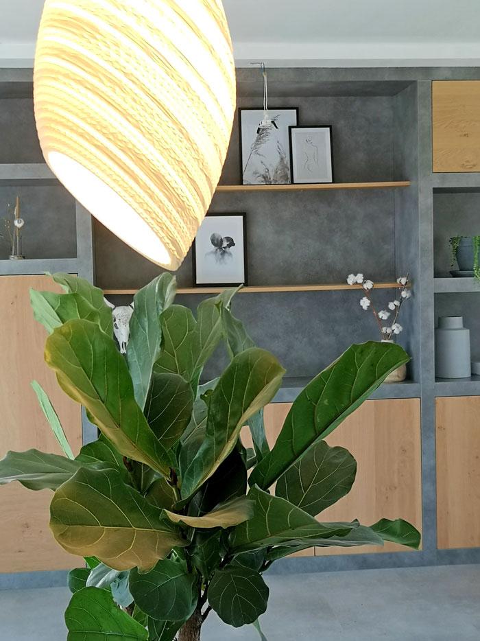 lamp van karton geeft subtiel licht