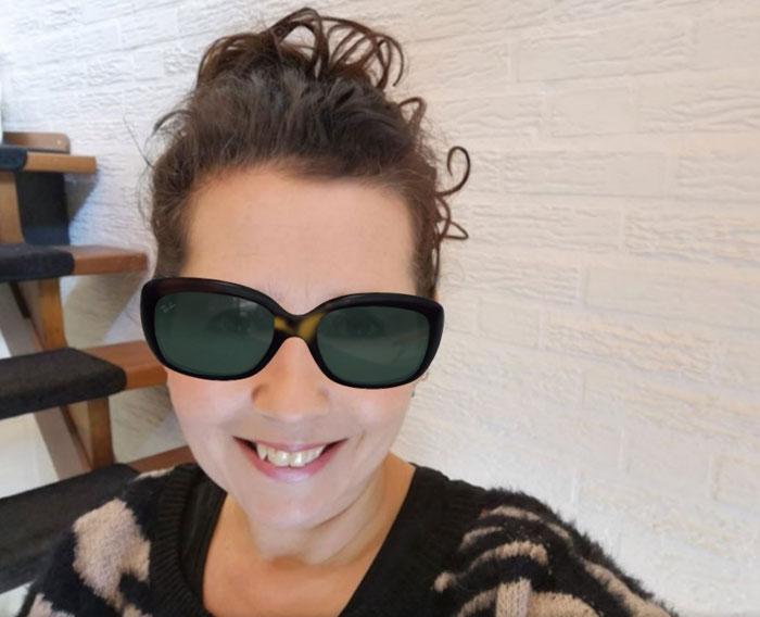 past een jackie ohh zonnebril bij mij