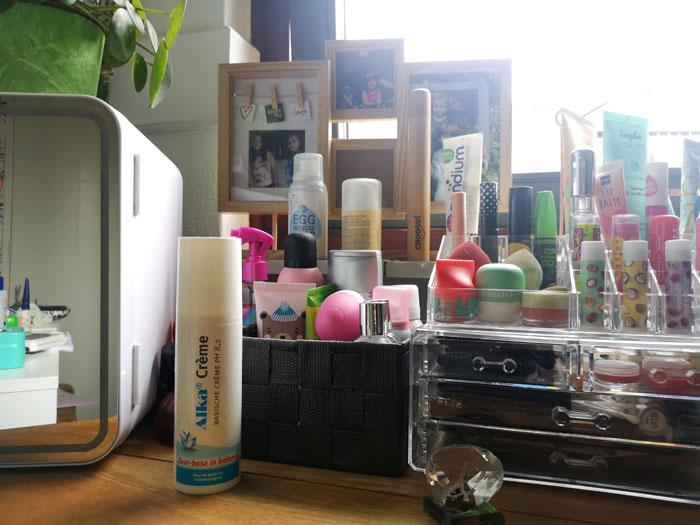 Alka crème werkt perfect tegen de jeuk van de processierups en jeuk ivm allergieën, eczeem en muggebulten of brandnetel
