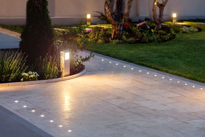 welke tuinverlichting kies je? Tips om de juiste tuinverlichting voor jouw tuin te kiezen