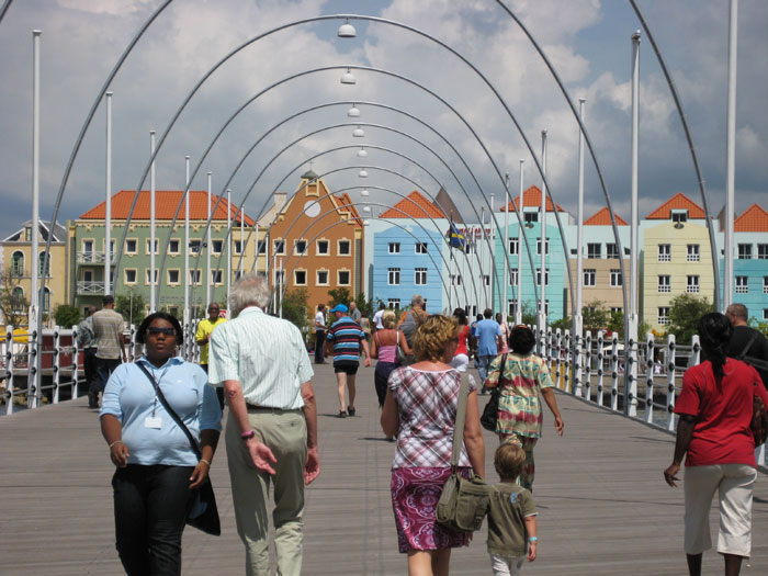 pontonbrug in Willemstad, Curaçao